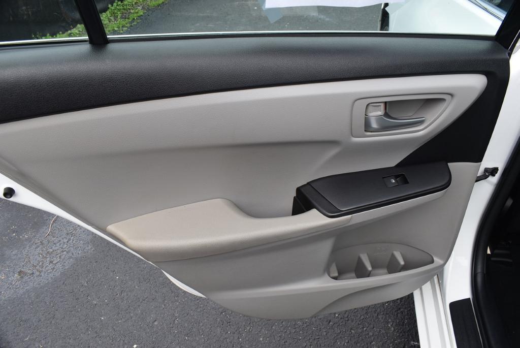 2016 Toyota Camry  photo