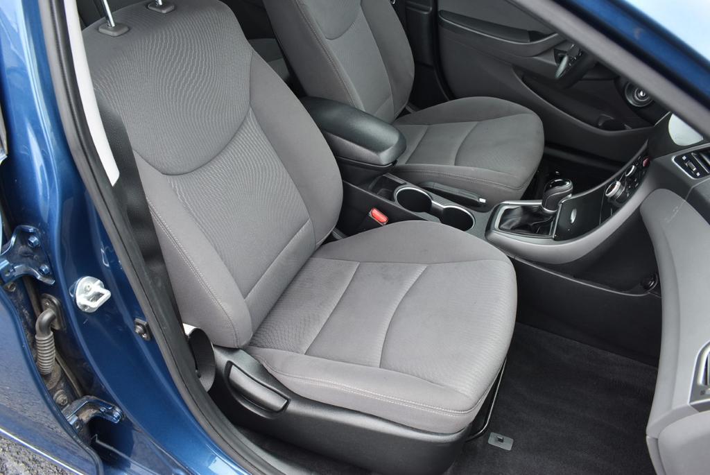 2015 Hyundai Elantra LIMITED photo