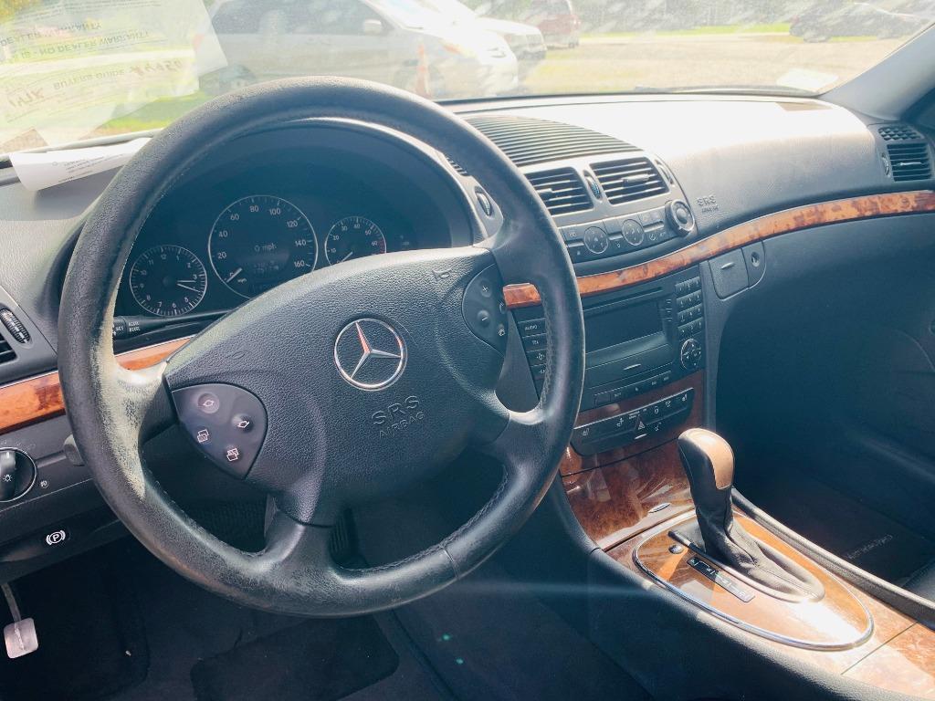 2003 Mercedes-Benz E-Class E320 photo