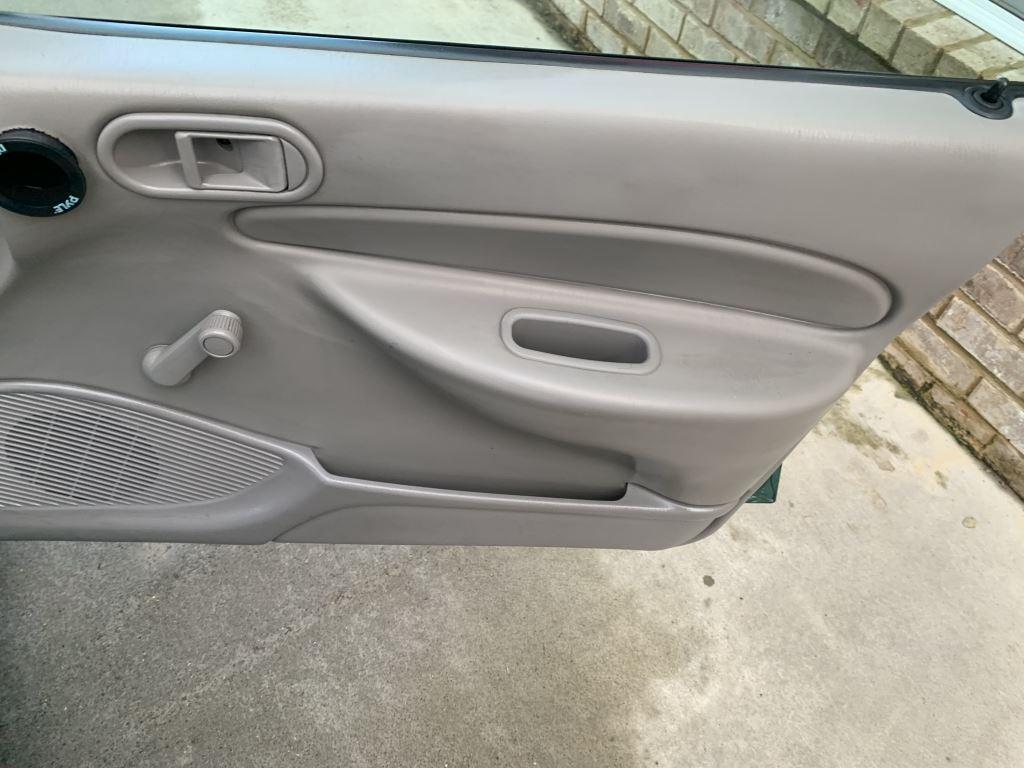 1999 Ford Escort LX photo