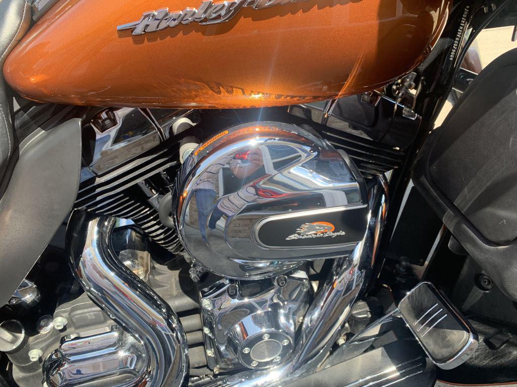 2015 Harley-Davidson Fltrxs  photo