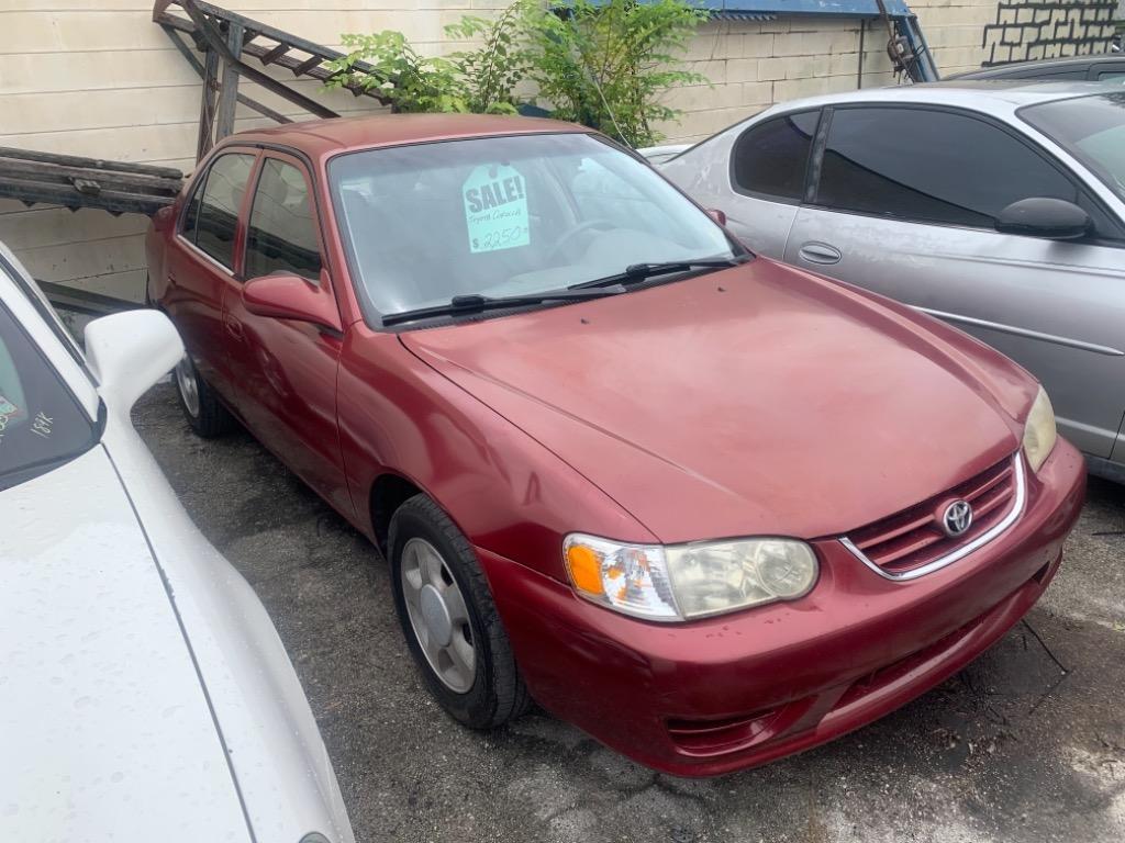 The 2001 Toyota Corolla CE photos