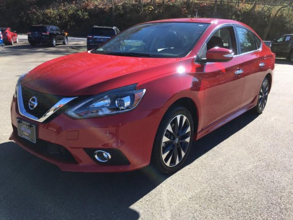 2019 Nissan Sentra SR photo