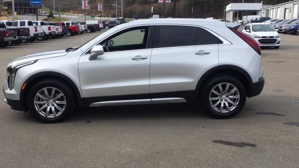 2020 Cadillac XT4 FWD Premium Luxury photo