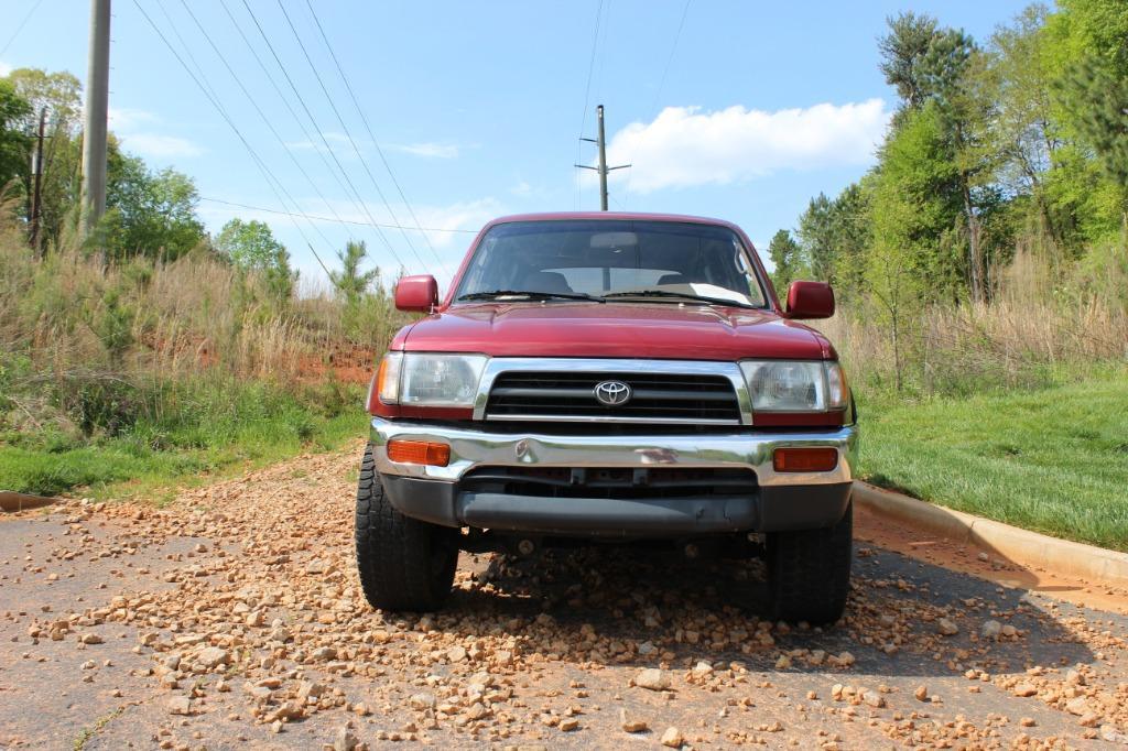 1998 Toyota 4Runner SR5 photo