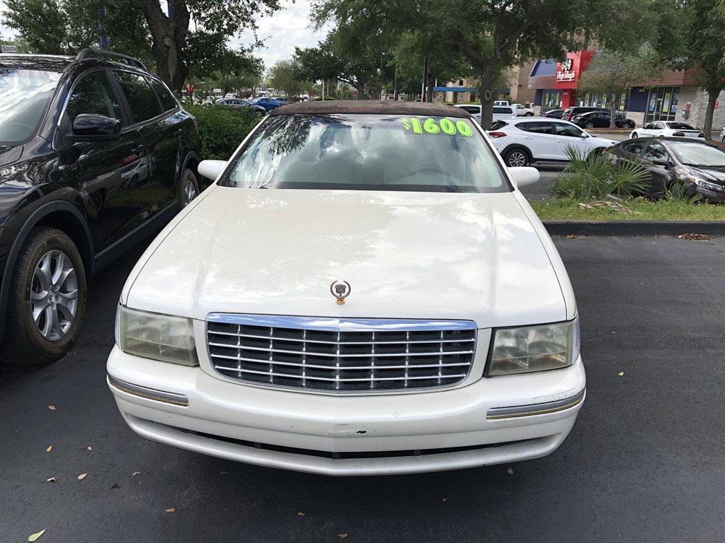 1998 Cadillac DeVille D'elegance photo