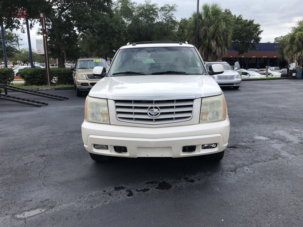 2003 Cadillac Escalade EXT photo
