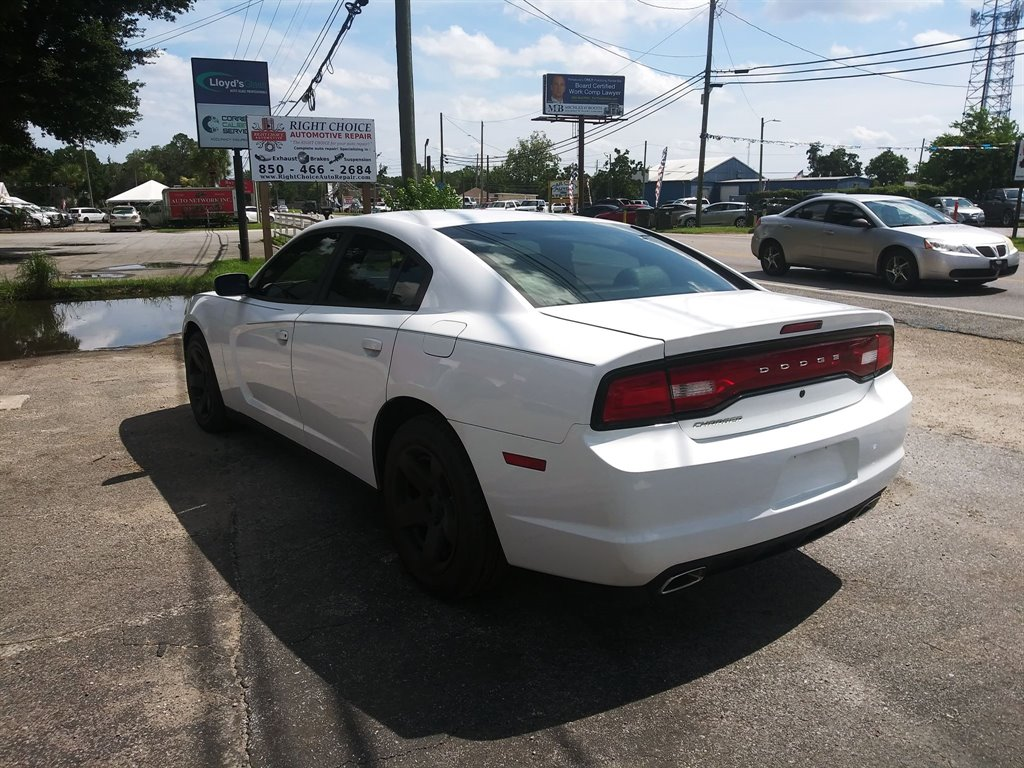 2013 Dodge Charger Police photo