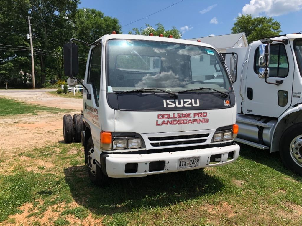 2002 Isuzu NPR  photo