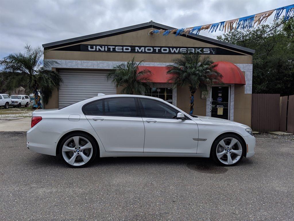 2012 BMW MDX 750i