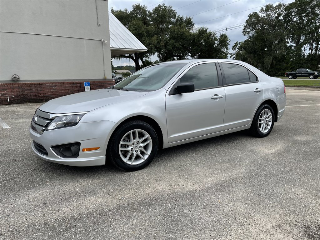 2011 Ford Fusion S photo