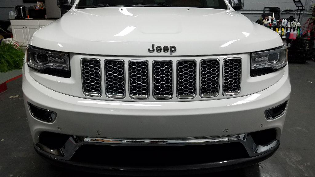 The 2015 Jeep Grand Cherokee 4WD Summit