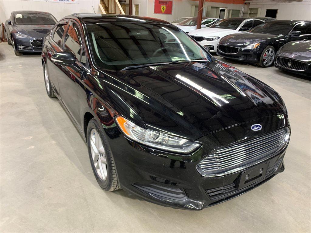 2014 Ford Fusion SE photo