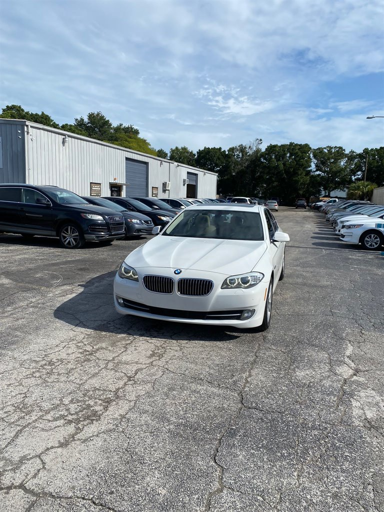 2013 BMW MDX 528i photo