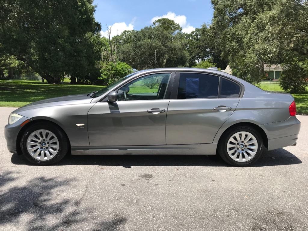 2009 BMW 3-Series 328xi photo