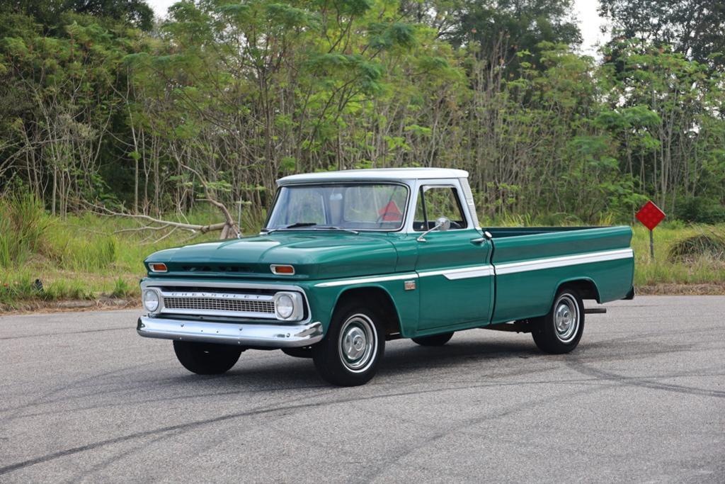 1966 Dodge Neon SE photo