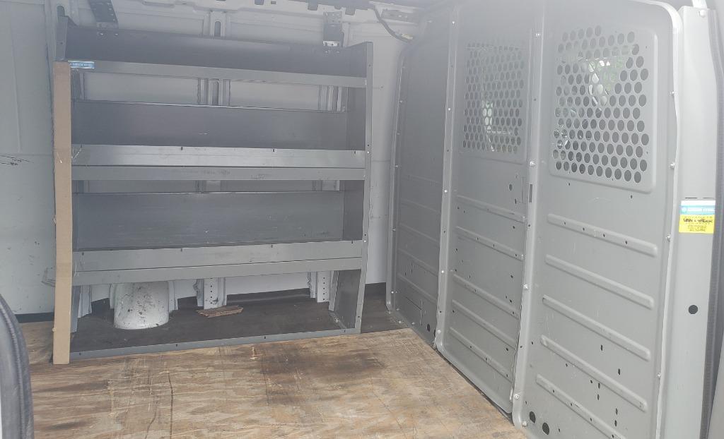 2018 Chevrolet Express Cargo G3500 photo