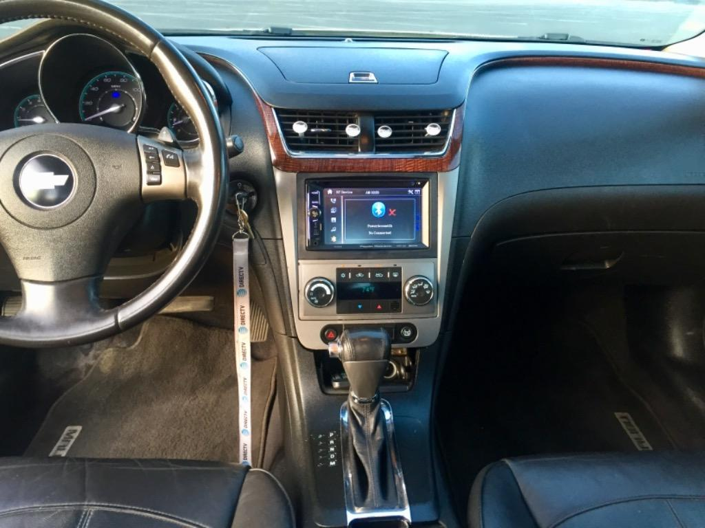 2010 Chevrolet Malibu LTZ photo