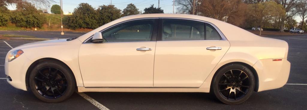 The 2010 Chevrolet Malibu LTZ photos