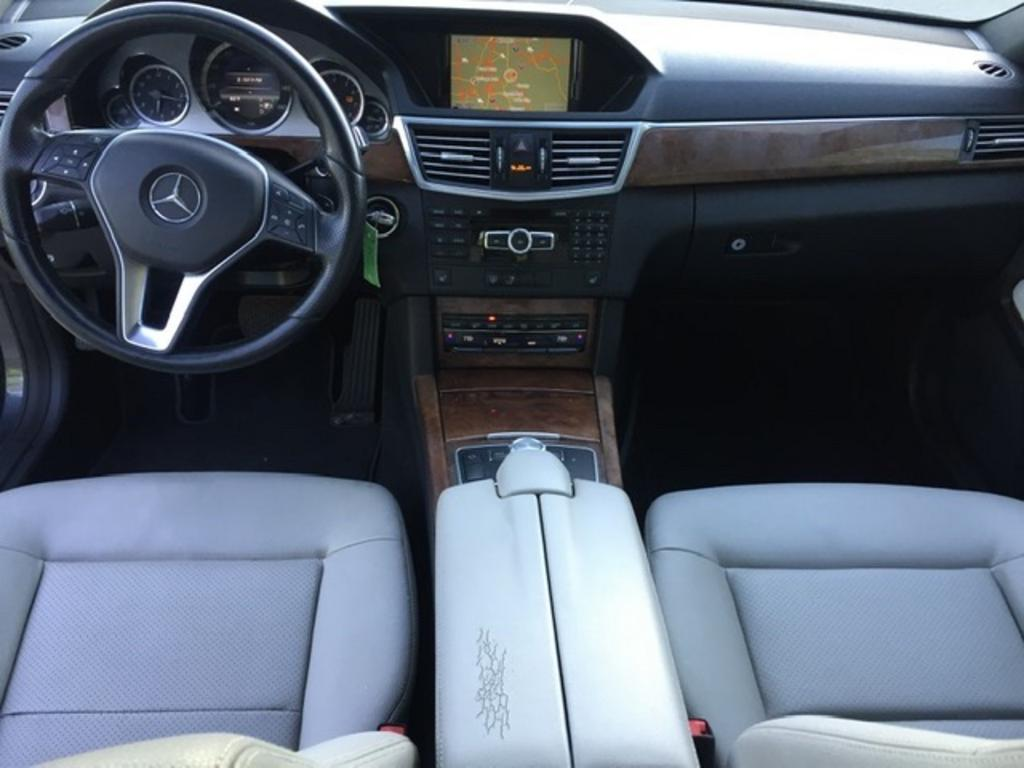 2013 Mercedes-Benz E-Class E350 4MATIC Luxury photo