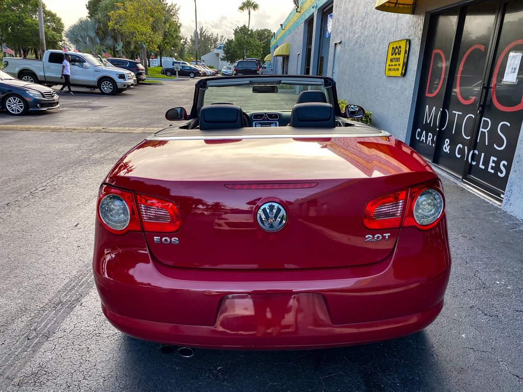 2007 Volkswagen Eos 2.0T photo