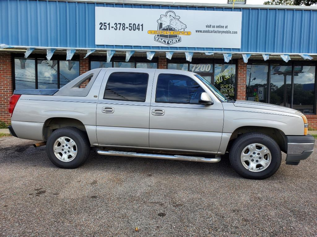 2005 Chevrolet Avalanche 1500 LS photo