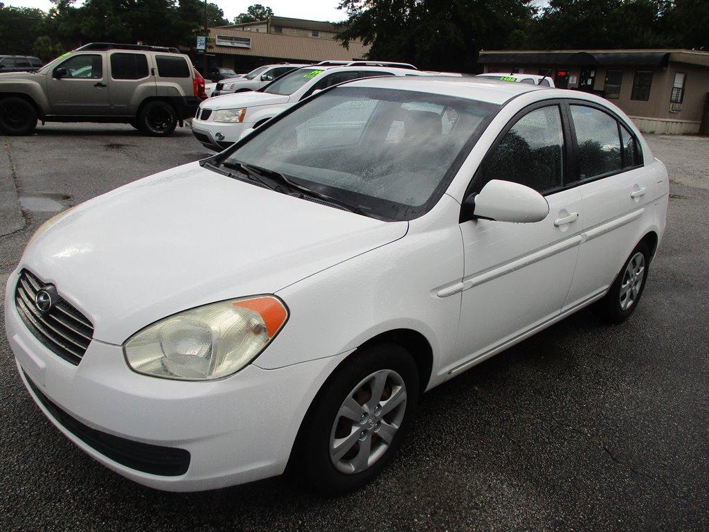 2009 Hyundai Accent GLS photo