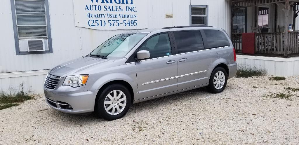 2016 Chrysler Town And Country Touring photo
