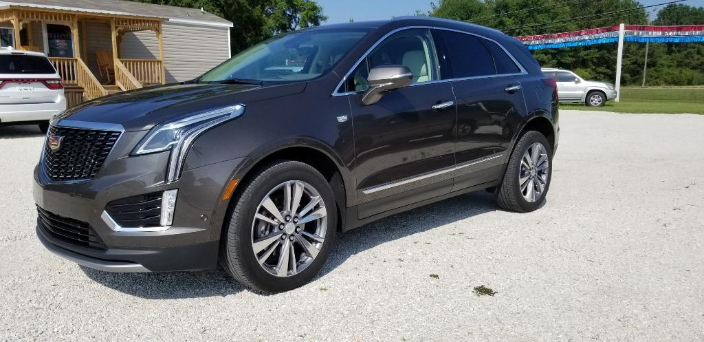 The 2020 Cadillac XT5 400 photos