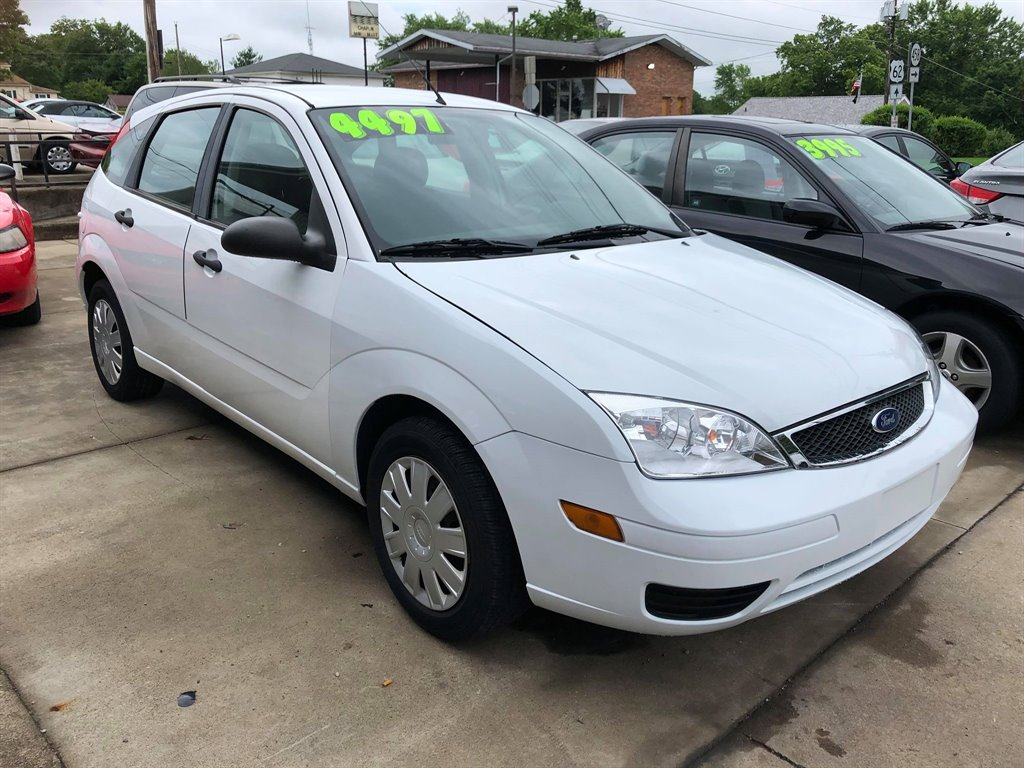 2007 Ford Focus ZX5 S photo