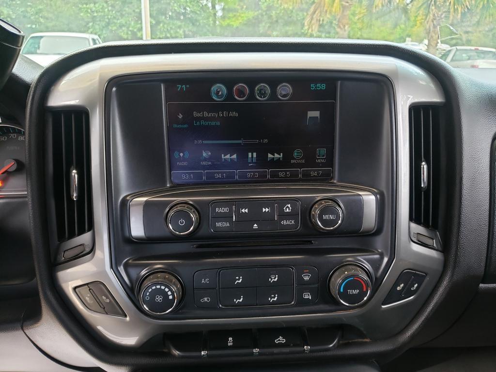 2016 Chevrolet Silverado 1500 4WD Crew Cab 143.5  LT w/2LT photo