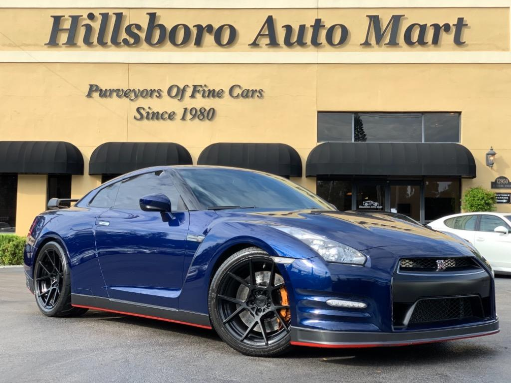 2014 Nissan GT-R Track Edition photo