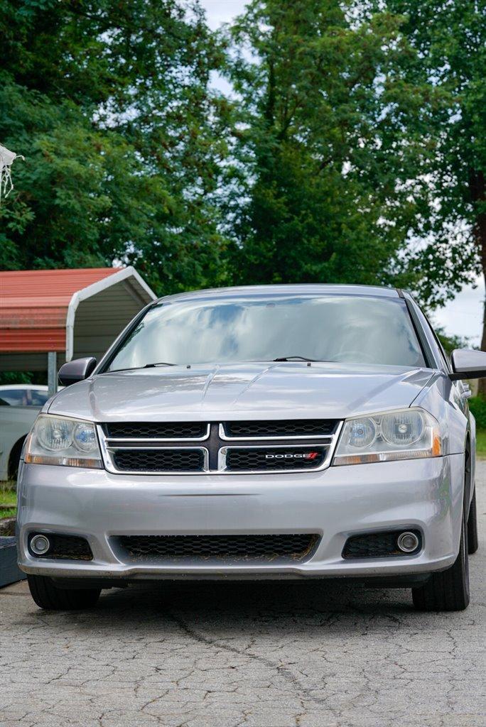 2013 Dodge Avenger SXT photo