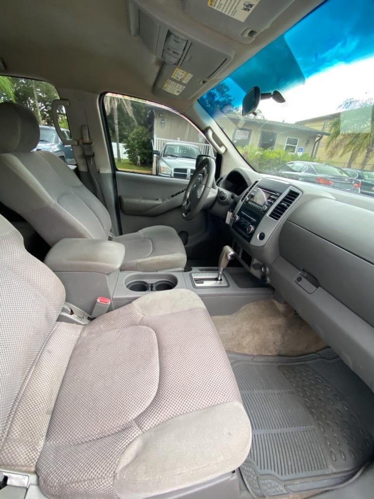2014 Nissan Frontier S photo