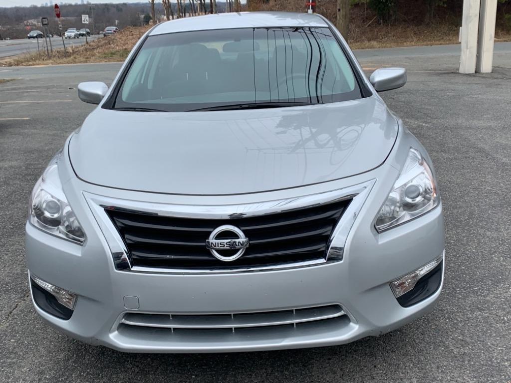 2015 Nissan Altima S photo
