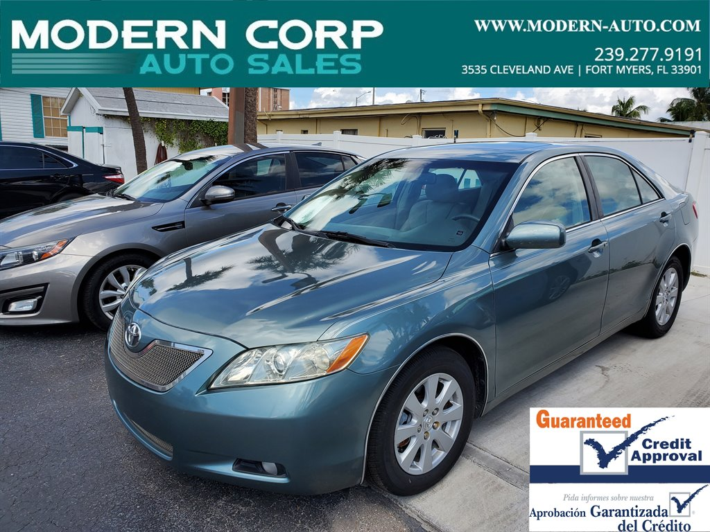 2009 Toyota Camry LE V6 photo