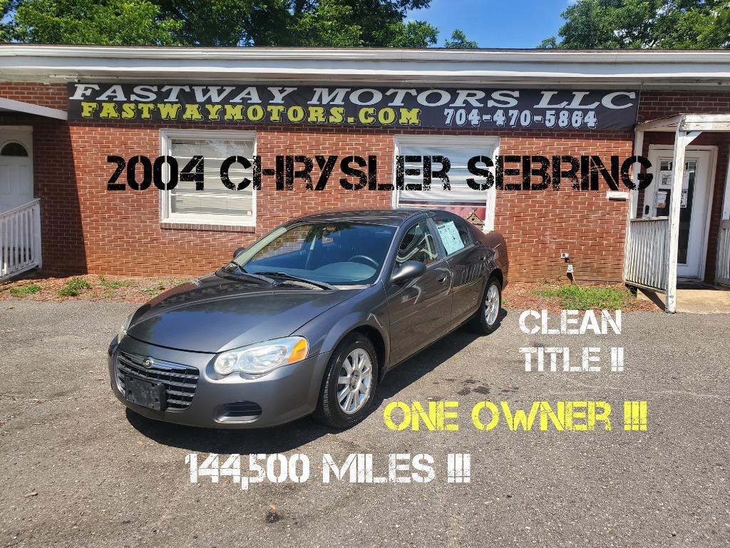 The 2004 Chrysler Sebring LX photos