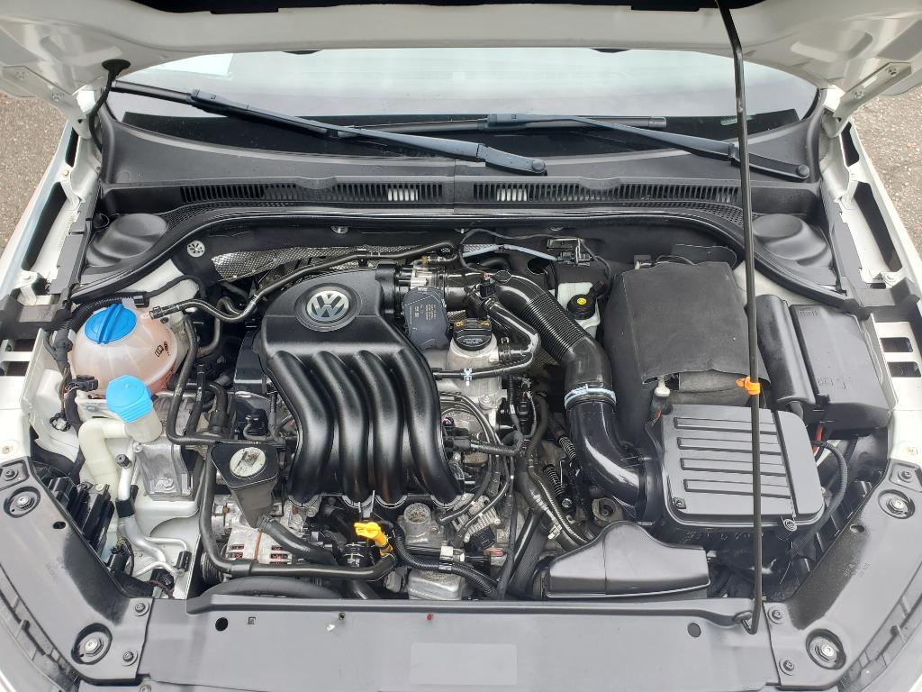 2013 Volkswagen Jetta photo