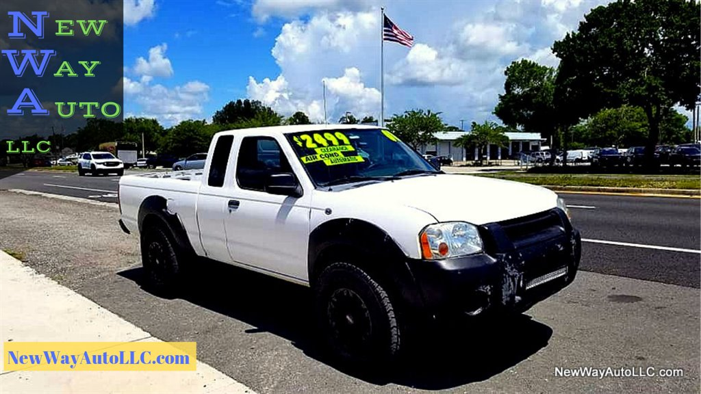 2001 Nissan Frontier SE Desert Runner photo
