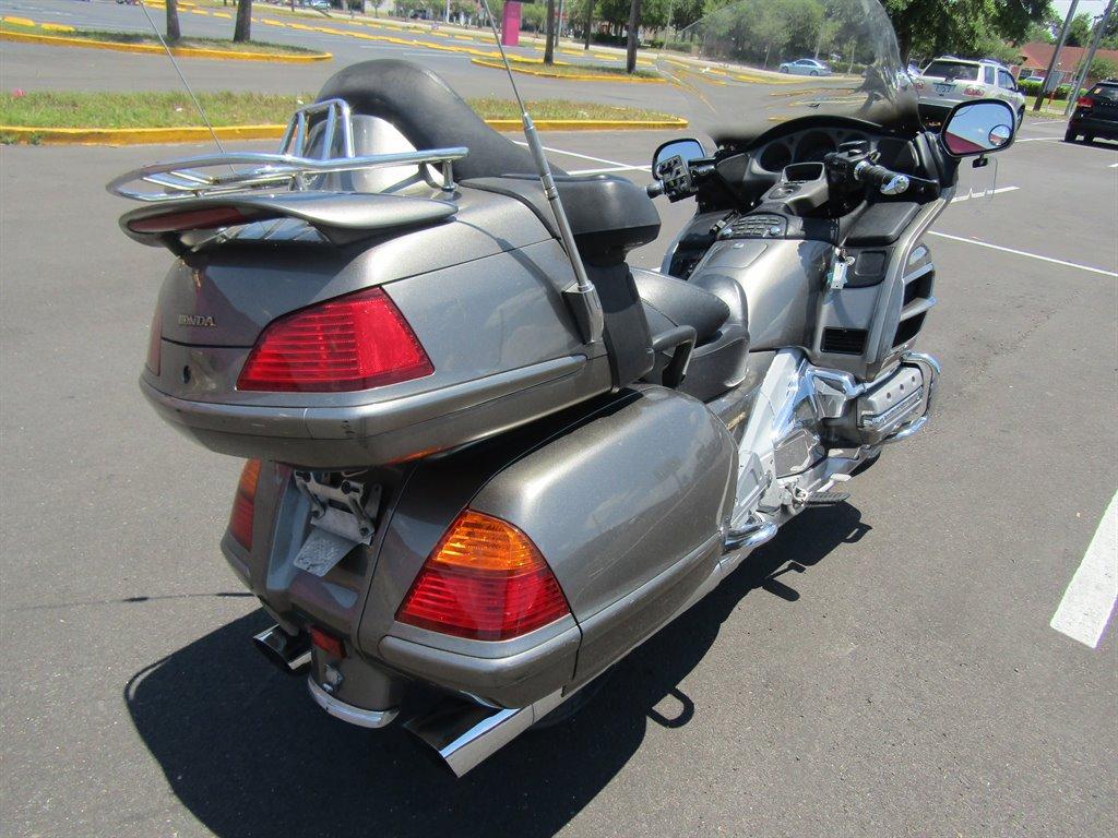 2004 Honda GL1800  photo