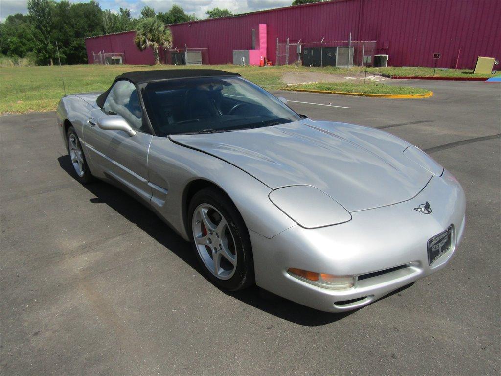 2004 Chevrolet Corvette photo