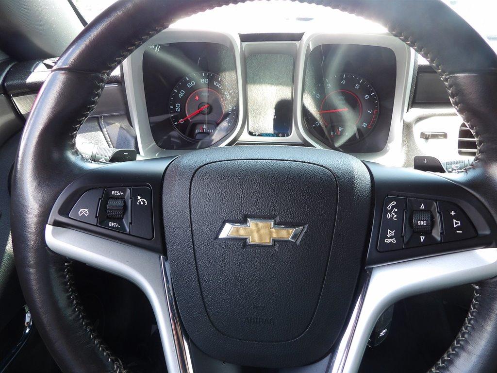 2015 Chevrolet Camaro LT photo