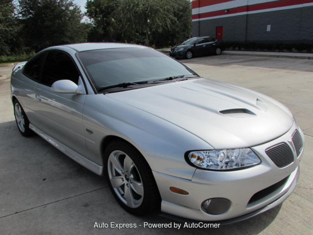 2005 Pontiac GTO photo