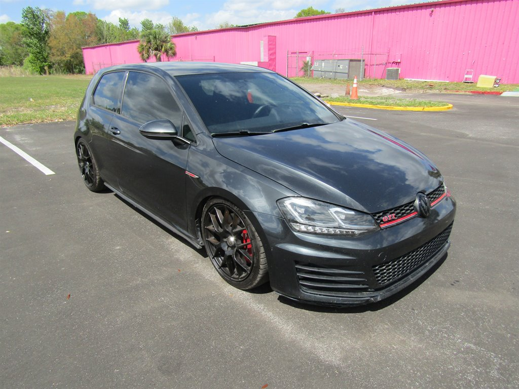 2015 Volkswagen GTI S photo
