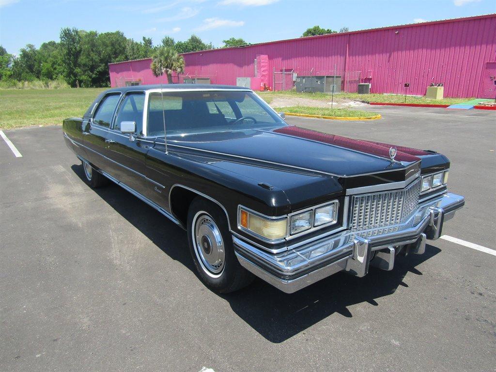 The 1975 Chrysler 300 photos