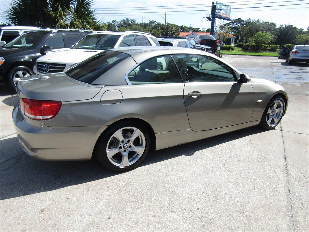 2009 BMW 3-Series 328i photo