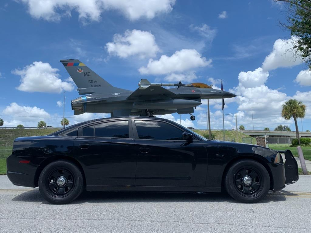 2012 Dodge Charger Police photo