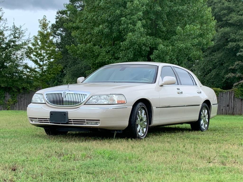 2003 Lincoln Town Car Cartier photo
