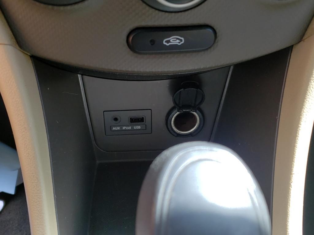 2013 Hyundai Accent GLS photo
