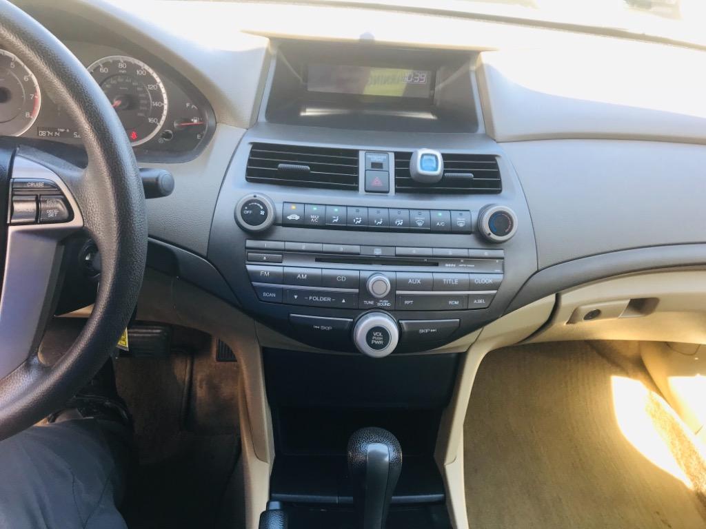 2010 Honda Accord LX photo
